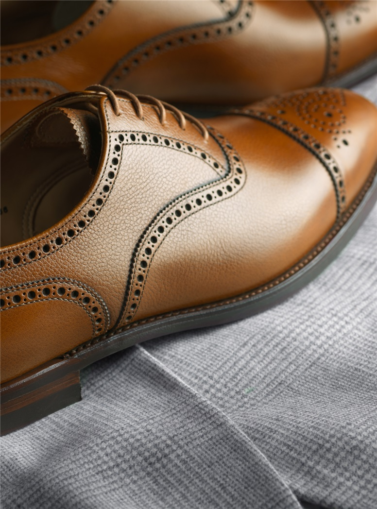 The Westfield Oxford in Tan Pebble Grain