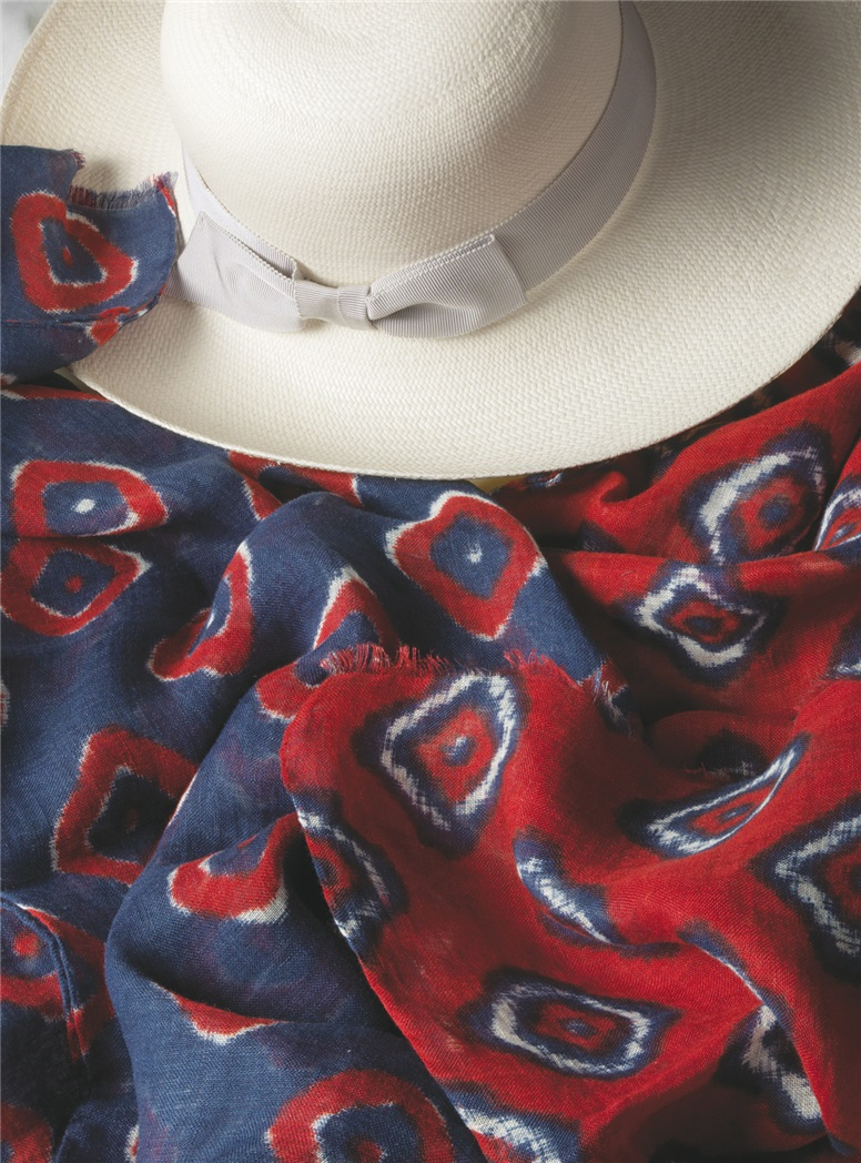 Linen Diamond Printed Scarf in Red