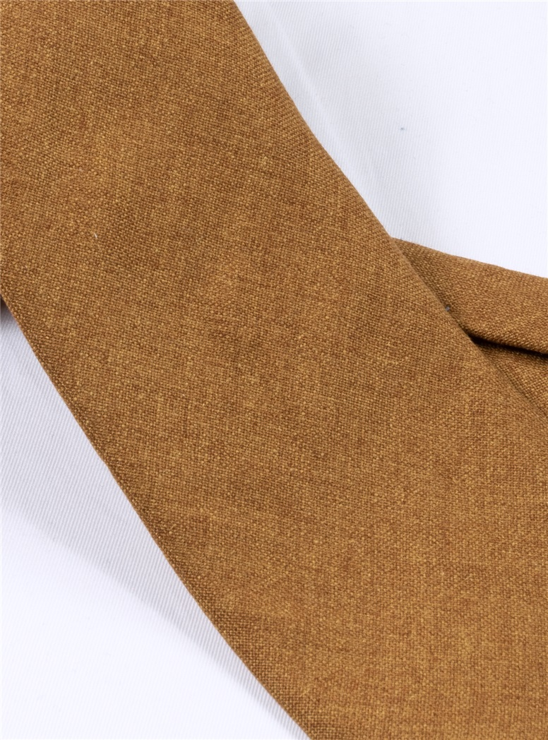 Silk and Cashmere Solid Tie in Ochre