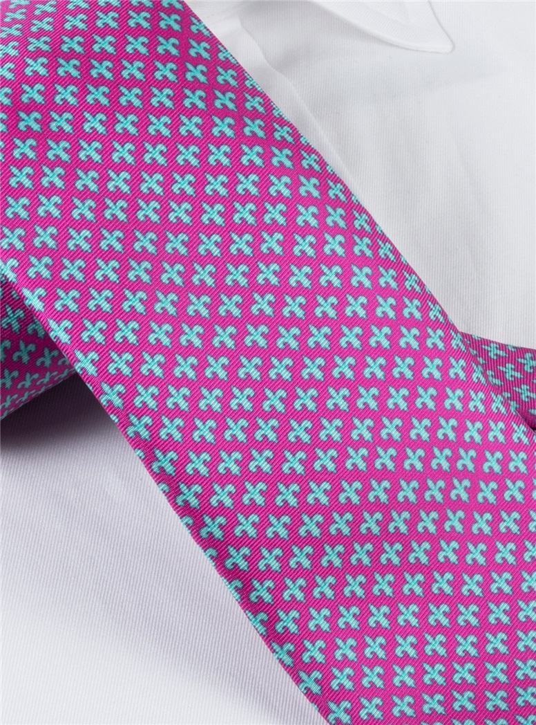 Fleur De Lis Tie in Magenta