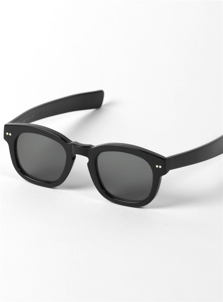 Bold Semi-Square Sunglasses in Black
