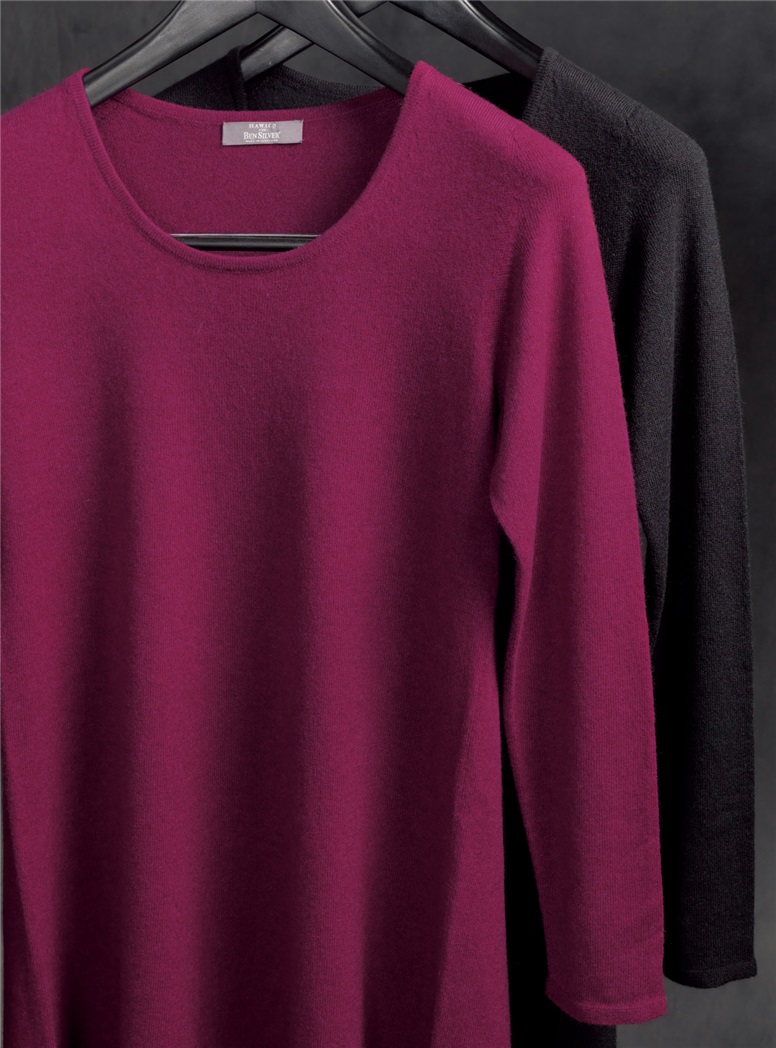 Ladies Cashmere Sweater Dress in Raspberry