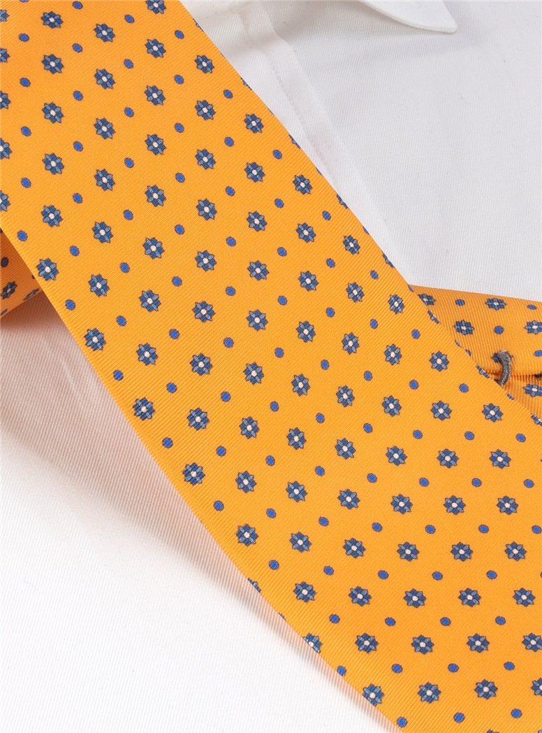 Silk Neat Print Tie in Sun