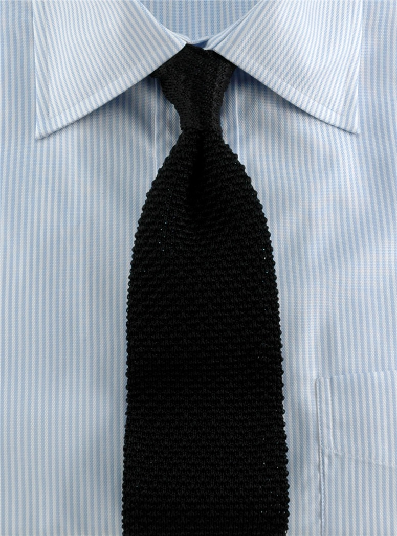 Classic Silk Knit Tie in Black
