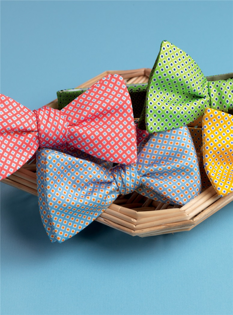 Silk Printed Dots Bow Tie in Sky
