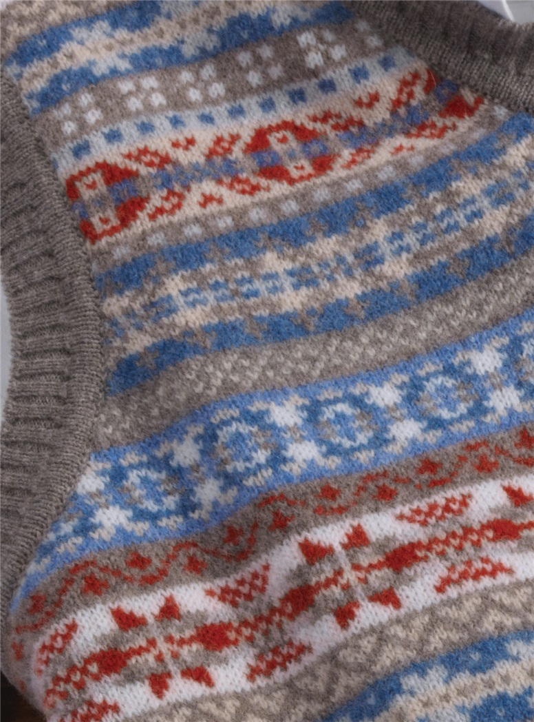 Lambswool Fair Isle Sweater Vest in Grey