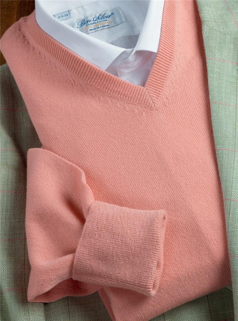 Cashmere V-neck Sweater in Melon