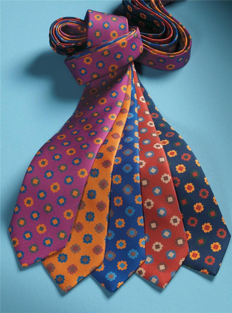 Silk Geometric Motif Tie in Chili