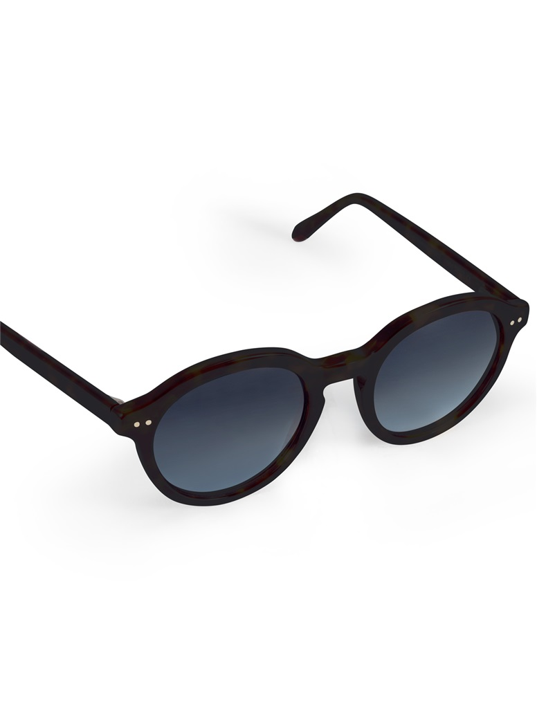 Bold Classic Sunglasses in Black