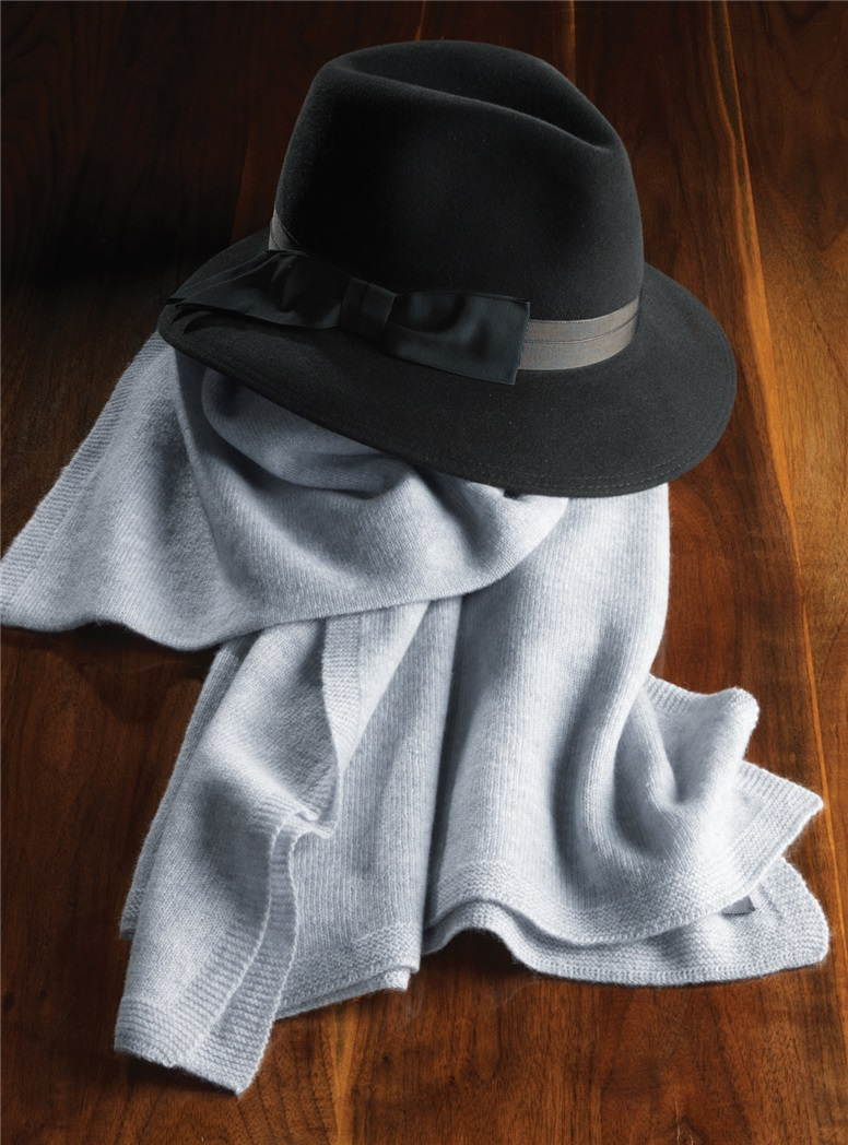 Ladies Cashmere Wrap in Silver