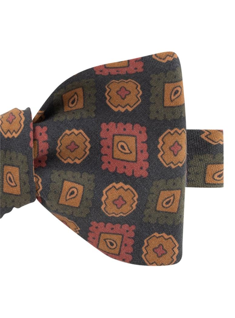 Silk Geometric Motif Bow Tie in Navy