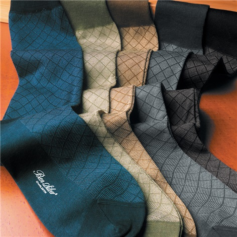 Cotton Grid Socks in Muted Tones