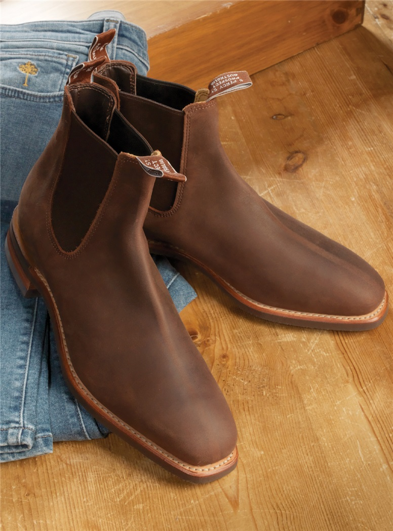 R.M. Williams Boots in Bark