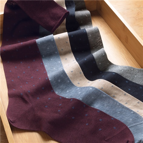 Square Neat Motif Dress Socks in Cotton