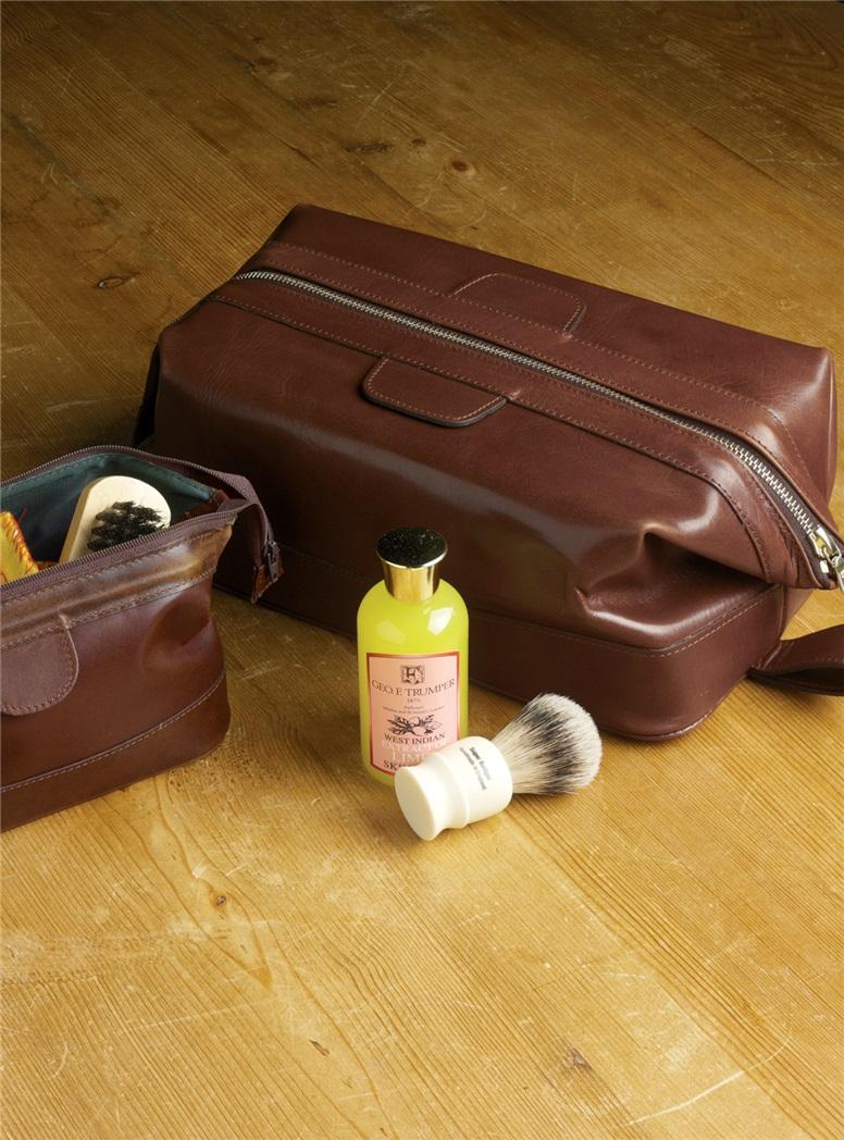 Dopp Kit in Rusty Blaze Leather