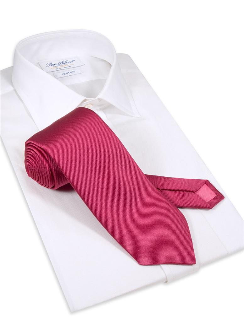 Silk Solid Signature Tie in Fuchsia