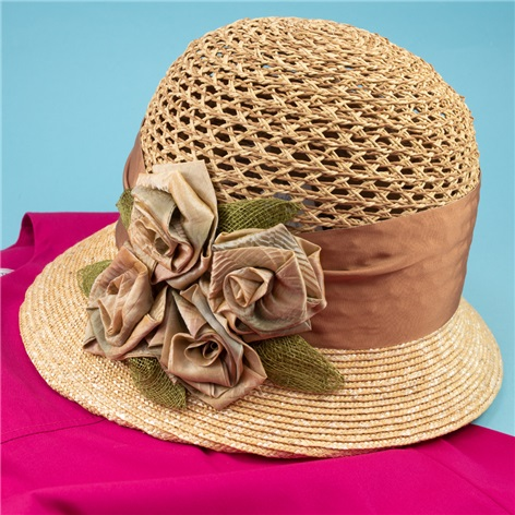 Ladies Straw Cloche Hat with Flowers