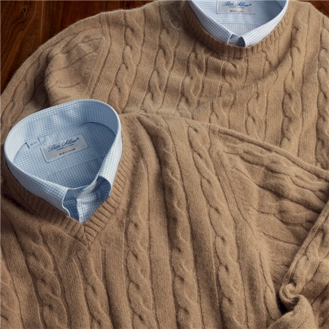 Camelhair Cable Knit Crewneck Sweater