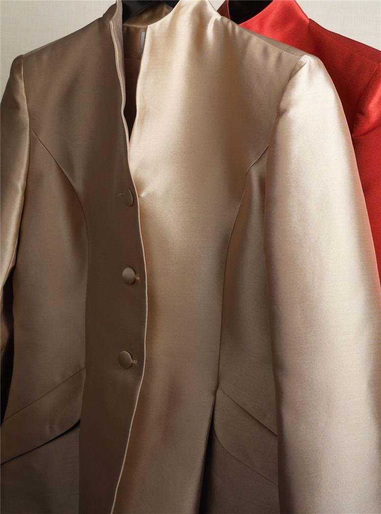 Ladies Gabardine Suit in Sable