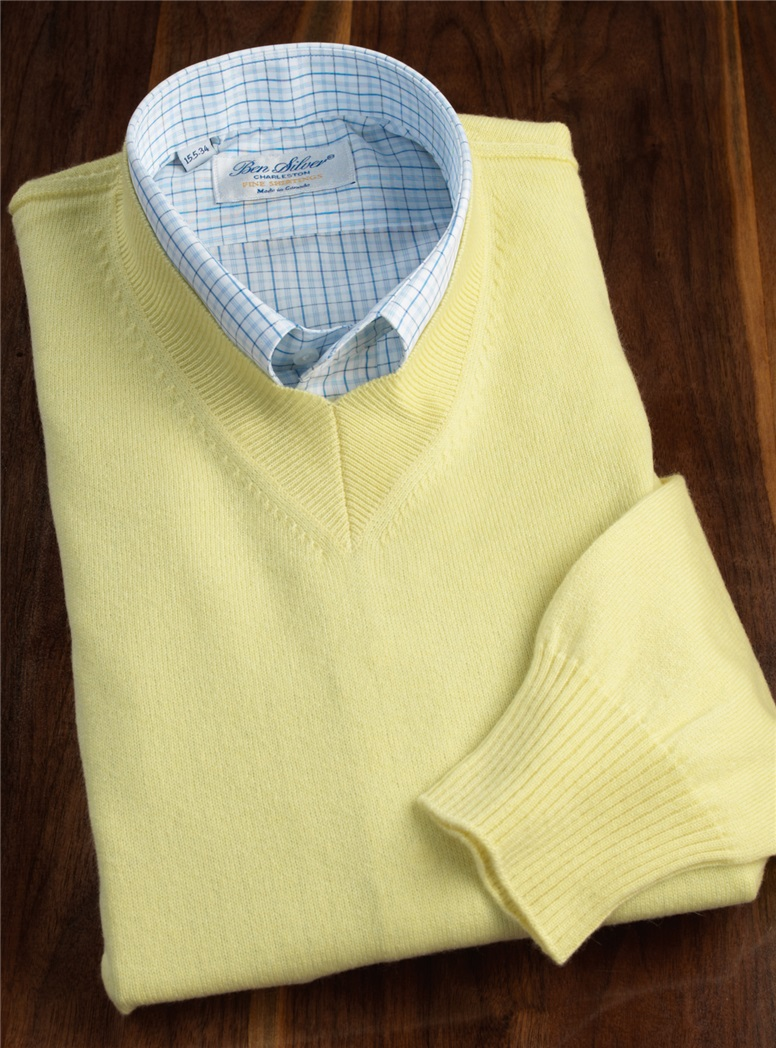 Cashmere Crewneck Sweater in Lemon