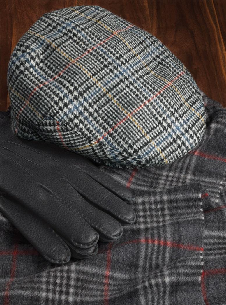 Wool Glen Cap in Black and White