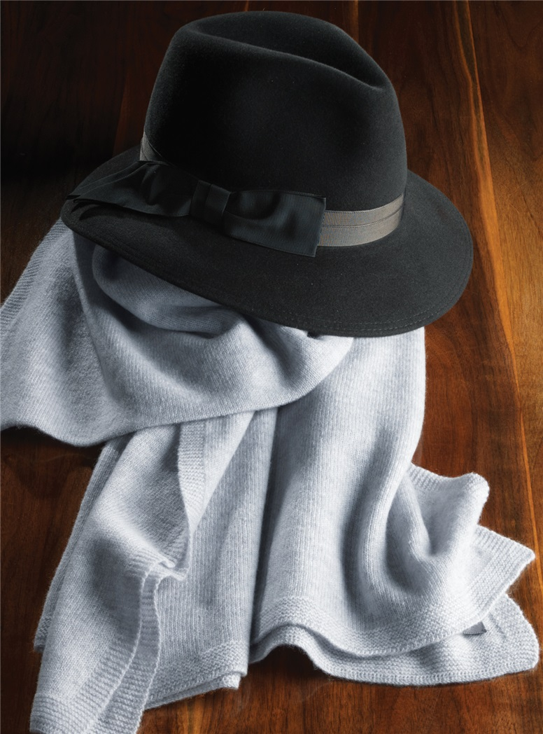 Felt Fedora Hat in Black