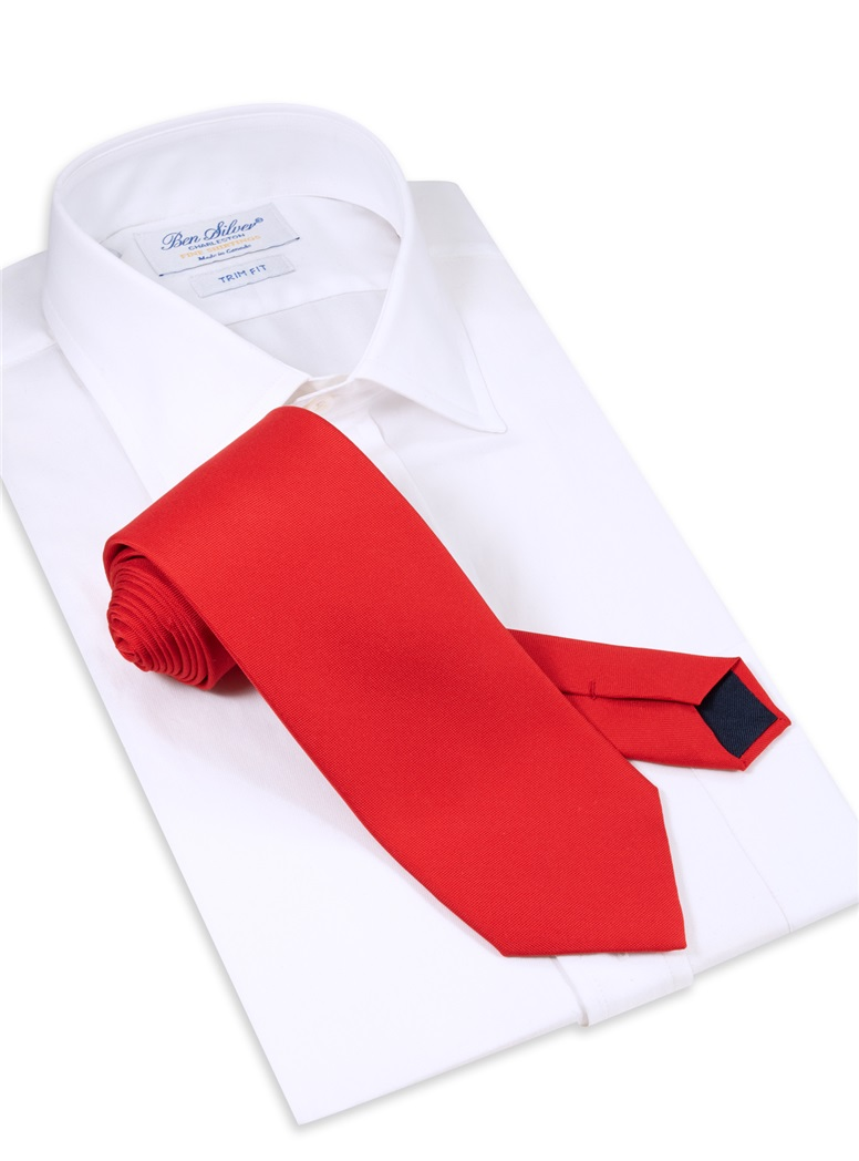 Silk Solid Tie in Ruby Red