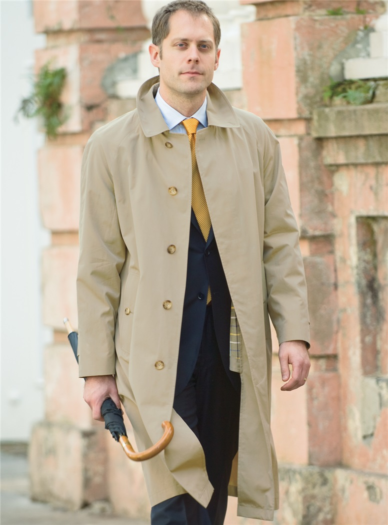Lightweight Classic English Raincoat