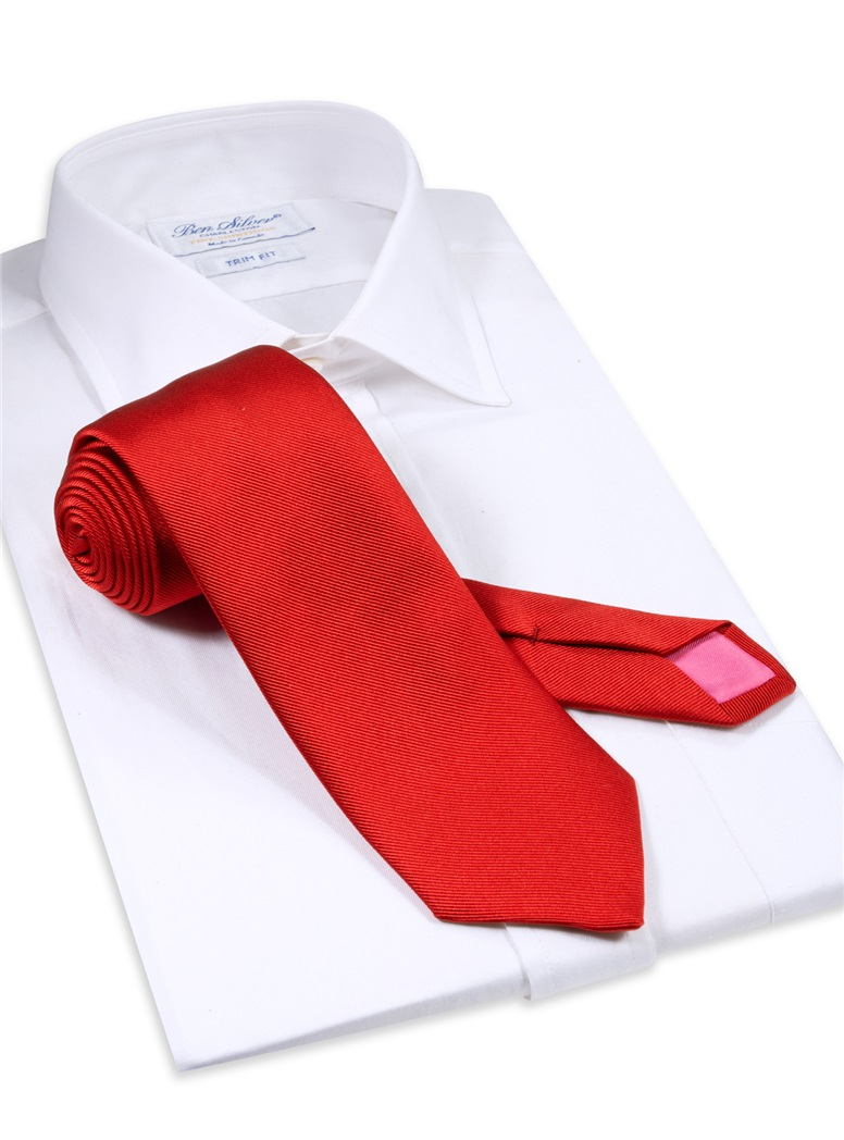 Silk Signature Solid Tie in Red
