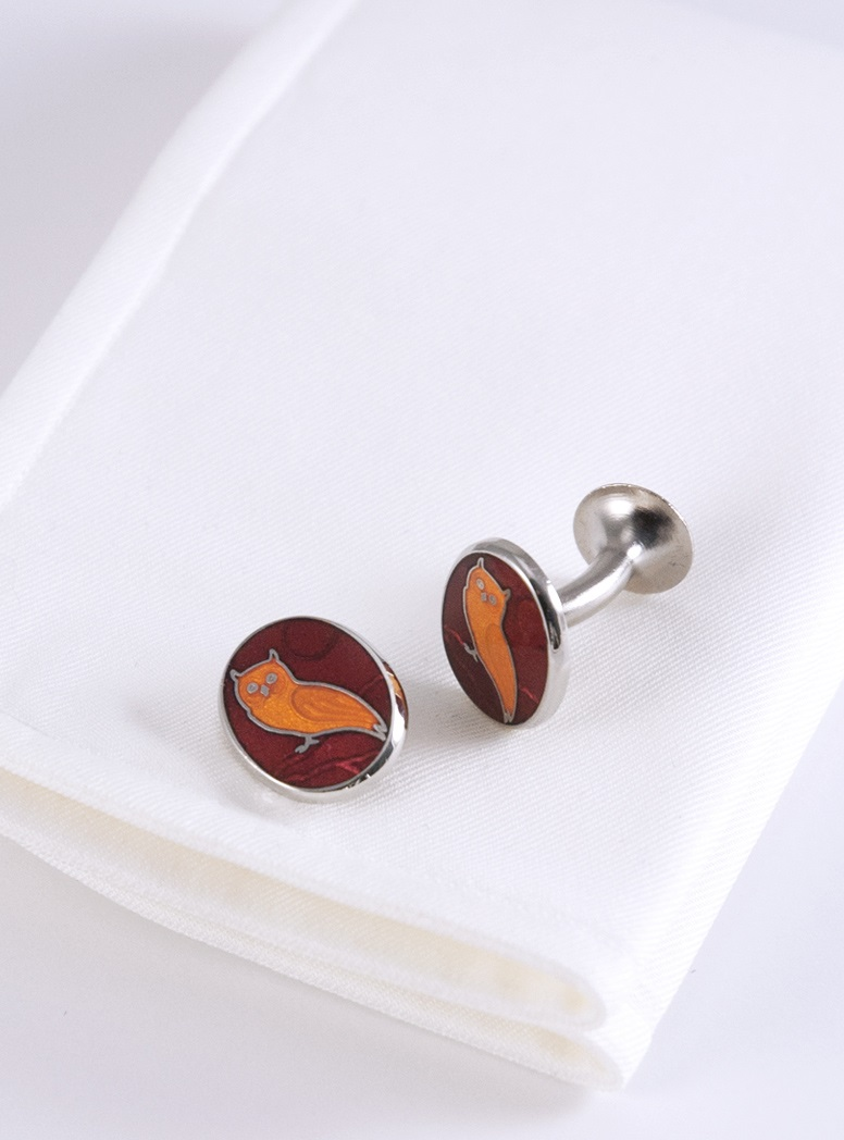 Oval Cufflinks with Owl in Wine