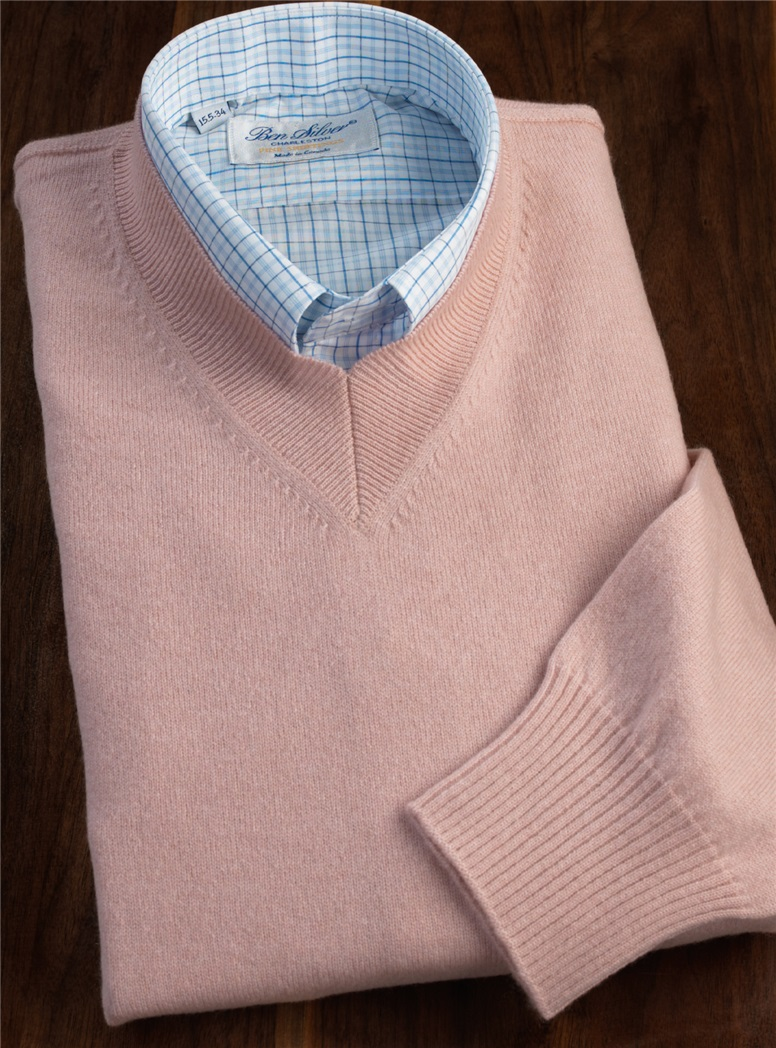 Cashmere V-neck Sweater in Orchid