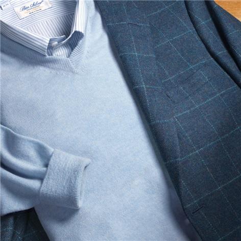 Cashmere V-Neck Sweater in Blue