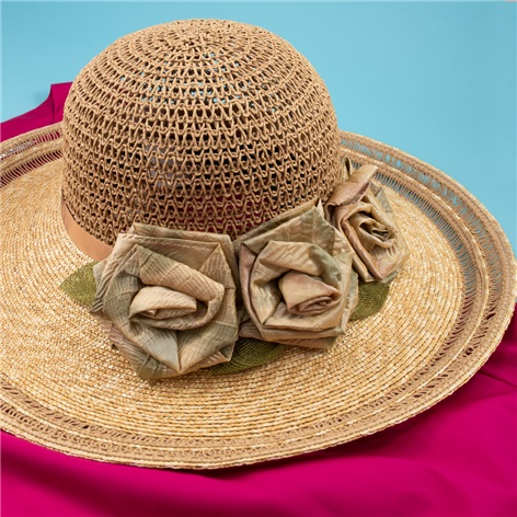 Ladies Straw Sun Hat with Flowers