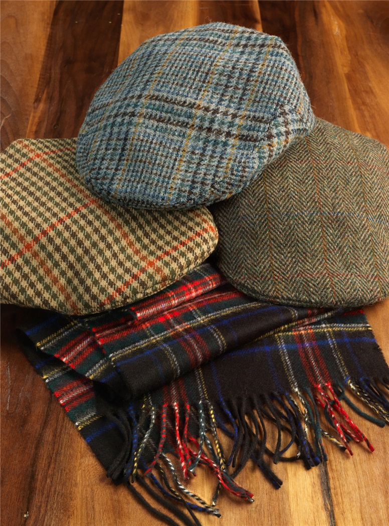 Wool Glen Cap in Grey and Navy Plaid