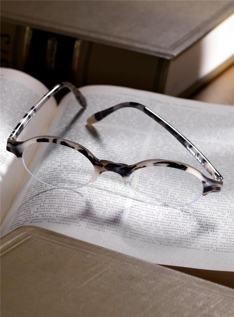 Semi-rimless Oval Frame in Cream Tortoise