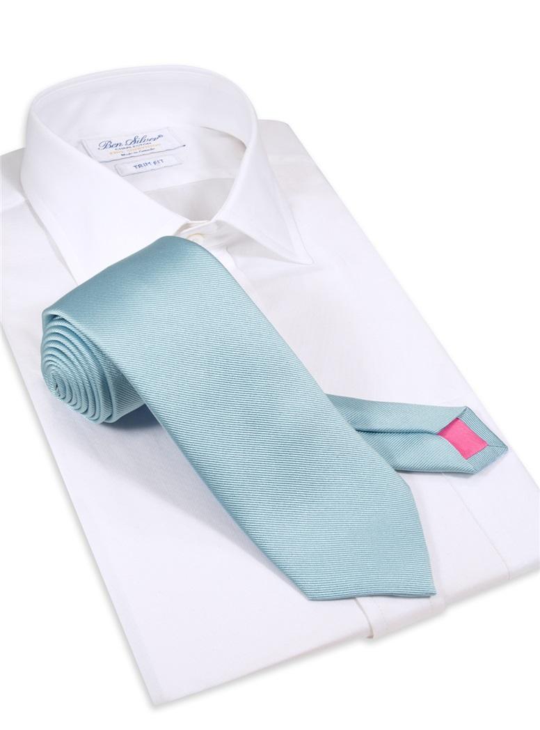 Silk Signature Solid Tie in Sky